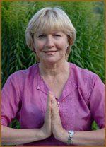 Yogalehrerin Edith Kirsch